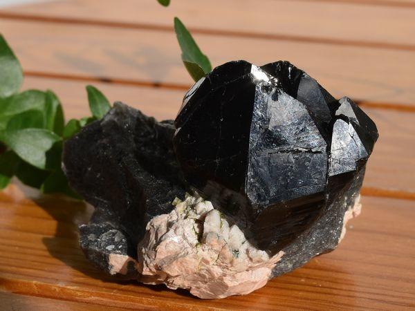 黒水晶[モリオン]