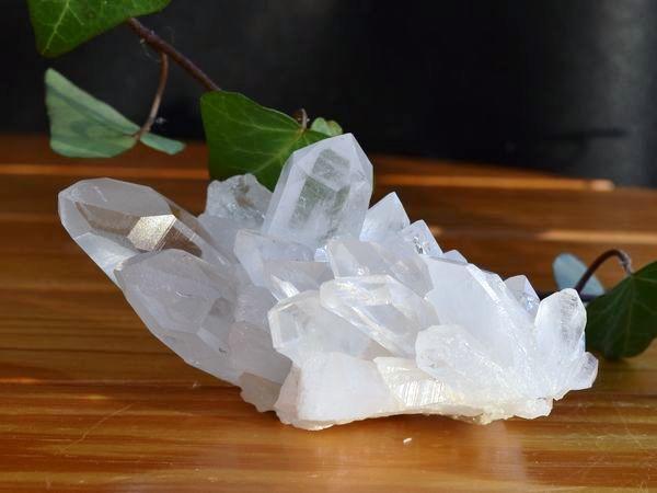 ヒマラヤ水晶クラスターの写真 la-8番