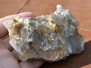 rutilated_quartz_2-300.jpg
